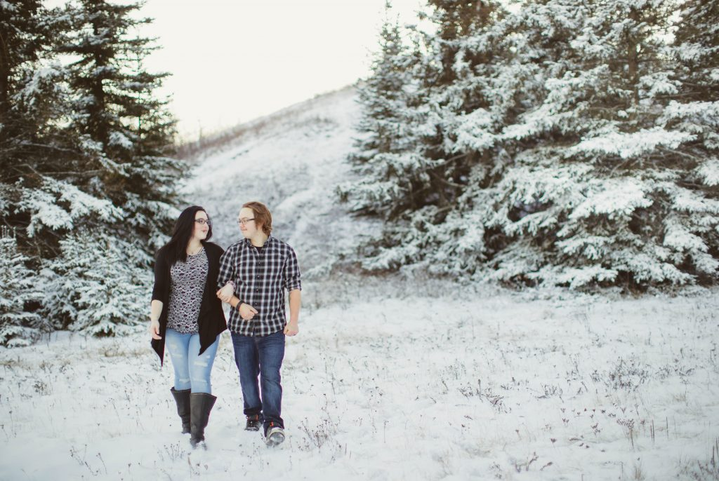 5-couple-walking-winter-snow-trees