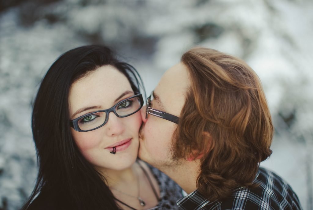 8-beautiful-grande-prairie-photography-winter-wedding