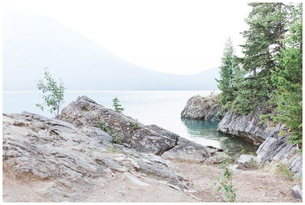 minnewanka lake for wedding and engagement photos