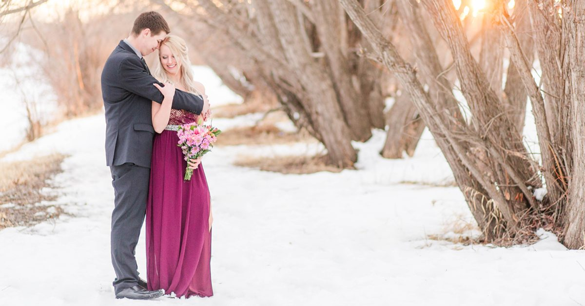 photo session with grande prairie wedding photographer with chris and kaytlin in grande prairie Alberta in the winter