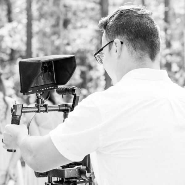 Top 5 Benefits of Hiring a Wedding Videographer