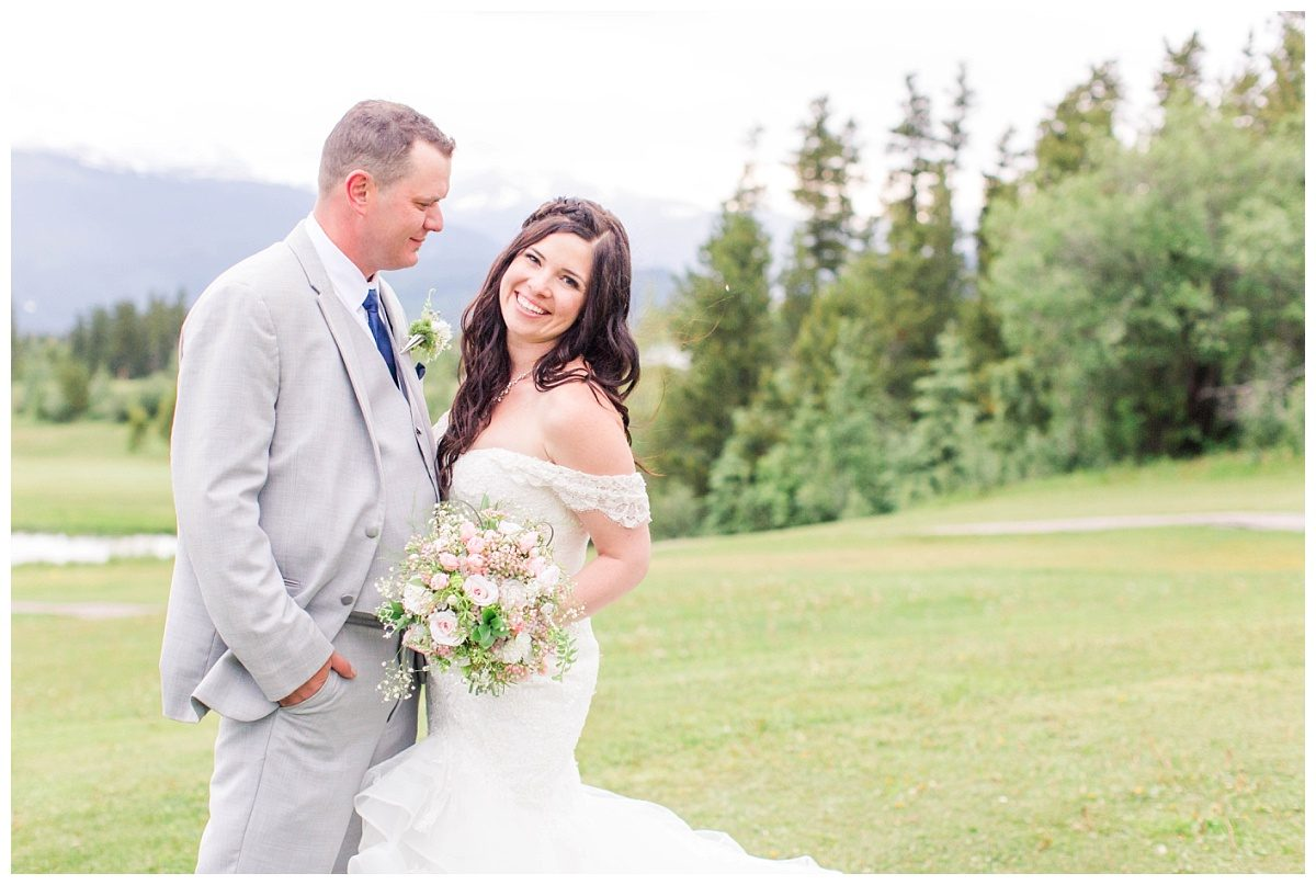 amanda and corwin mountain bride and groom portraits
