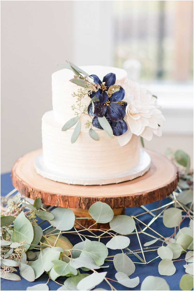 grande prairie wedding cake by carmens craz cakes gold greenery and navy with sparkle