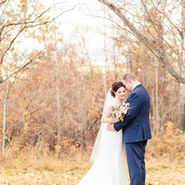 Braden & Breanna | Grande Prairie Wedding Photographer | Kayla Lynn Photography