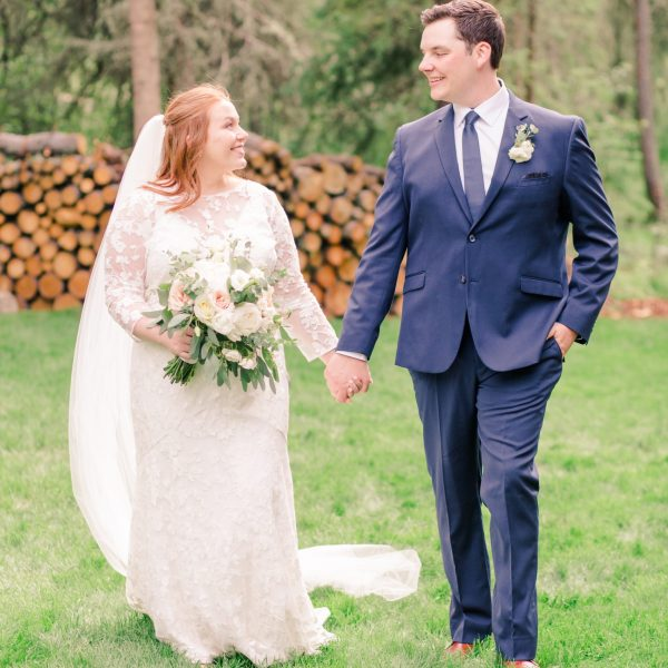 Gerad & Kailey   Elegant Backyard Wedding   Alberta Wedding Photographer