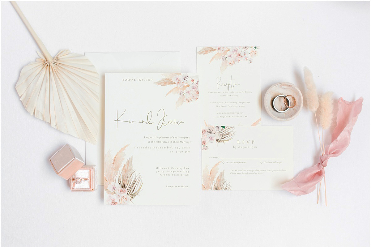 invitation suite from etsy with pampas grass for the detail photo