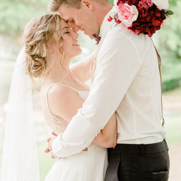 Josh & Tori   Grande Prairie Wedding Photographer   Kayla Lynn Photography